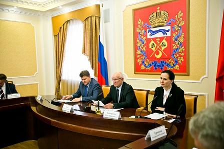Юрий Берг: «Правительство области уделяет большое внимание вопросам реализации государственной национальной политики»